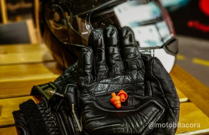 ¿Porqué que un motociclista debe cuidar susoídos?